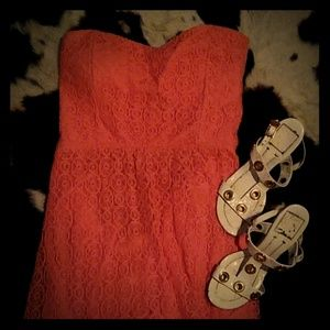 STRAPLESS DRESS, CORAL